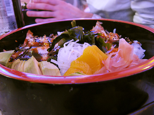 http://michirukaioh.free.fr/taistoietmange/japanesebistro/chirashi.jpg