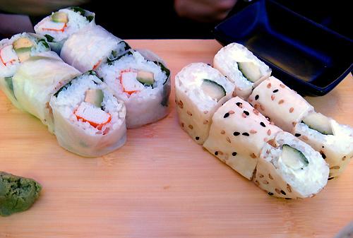 http://michirukaioh.free.fr/taistoietmange/japanesebistro/maki-feuille-riz-et-tofu.jpg