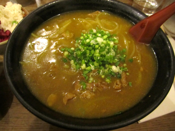 http://michirukaioh.free.fr/taistoietmange/kunitoraya/Kunitoraya_curry-udon.jpg