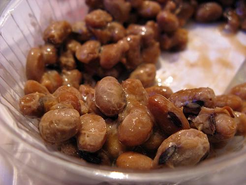 http://michirukaioh.free.fr/taistoietmange/natto%20du%20dragon/natto-002.jpg