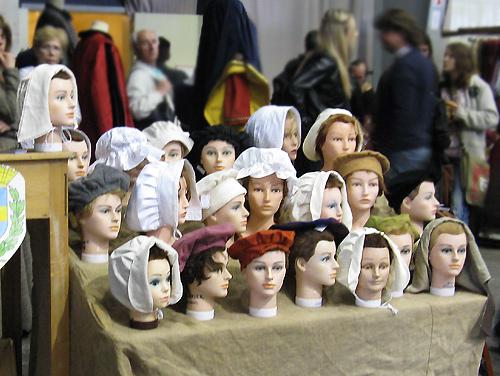 http://michirukaioh.free.fr/taistoietmange/pontoise_avr2010/autre/tetes.jpg